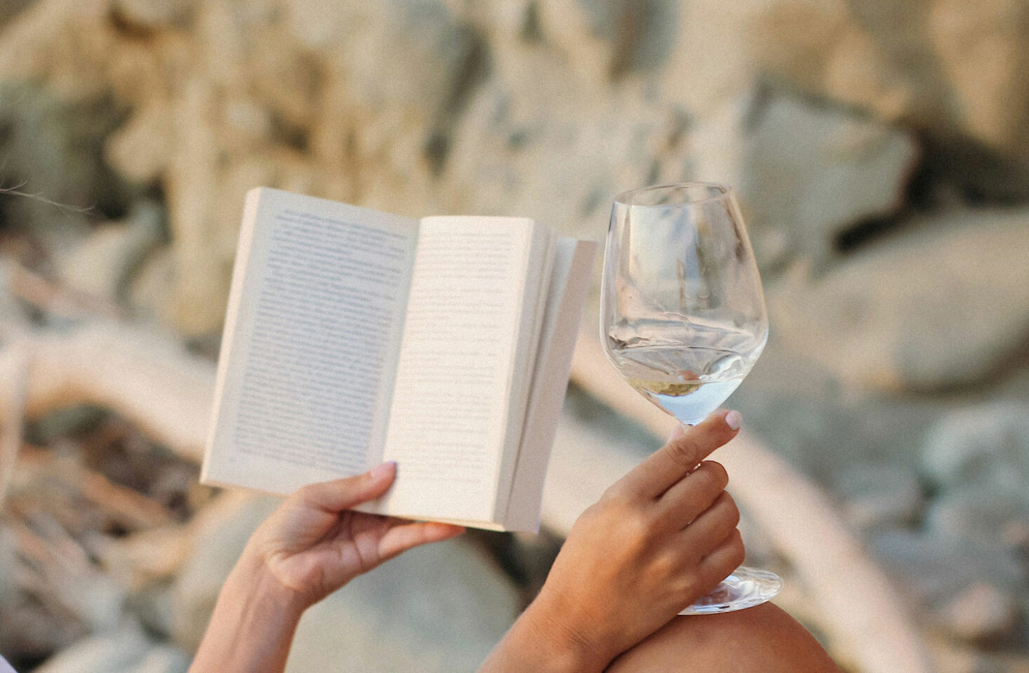 Book Tips from the Community to change your perspective on life | Evano Magazine